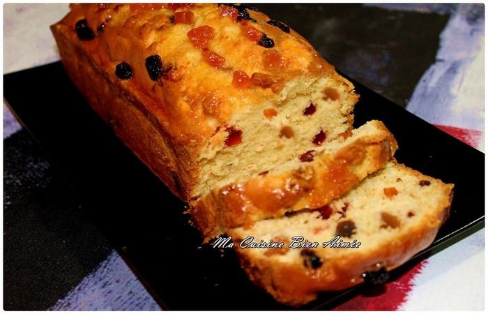 cake aux fruits confits et raisins secs recette sally. Black Bedroom Furniture Sets. Home Design Ideas