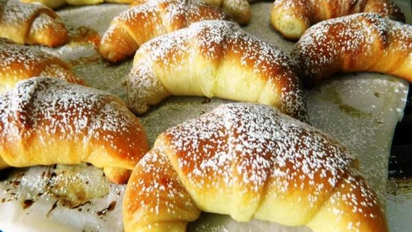 Recette Croissant Briochés à la Confiture