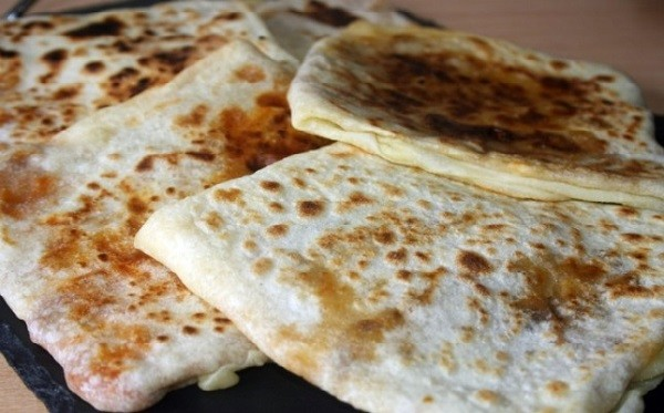 Recette Mhajeb au Fromage