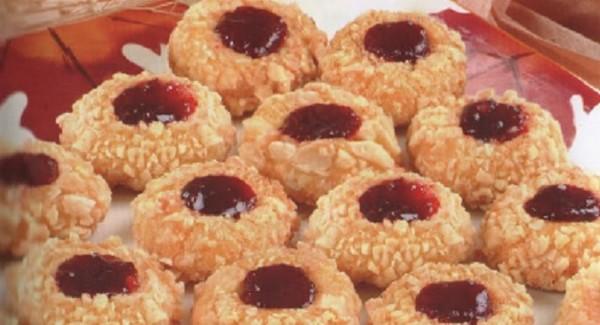 Recette Biscuits Sablés aux Amandes et Confiture